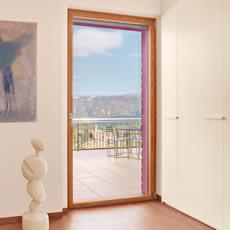 finstral-fenêtres-et-portes-en-bois-pvc_thumb